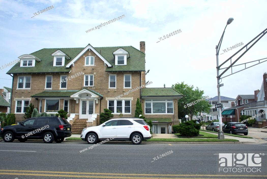 Imagen: Ocean City, New Jersey, USA, Street Scenes, view of Wooden houses, Resort Town.