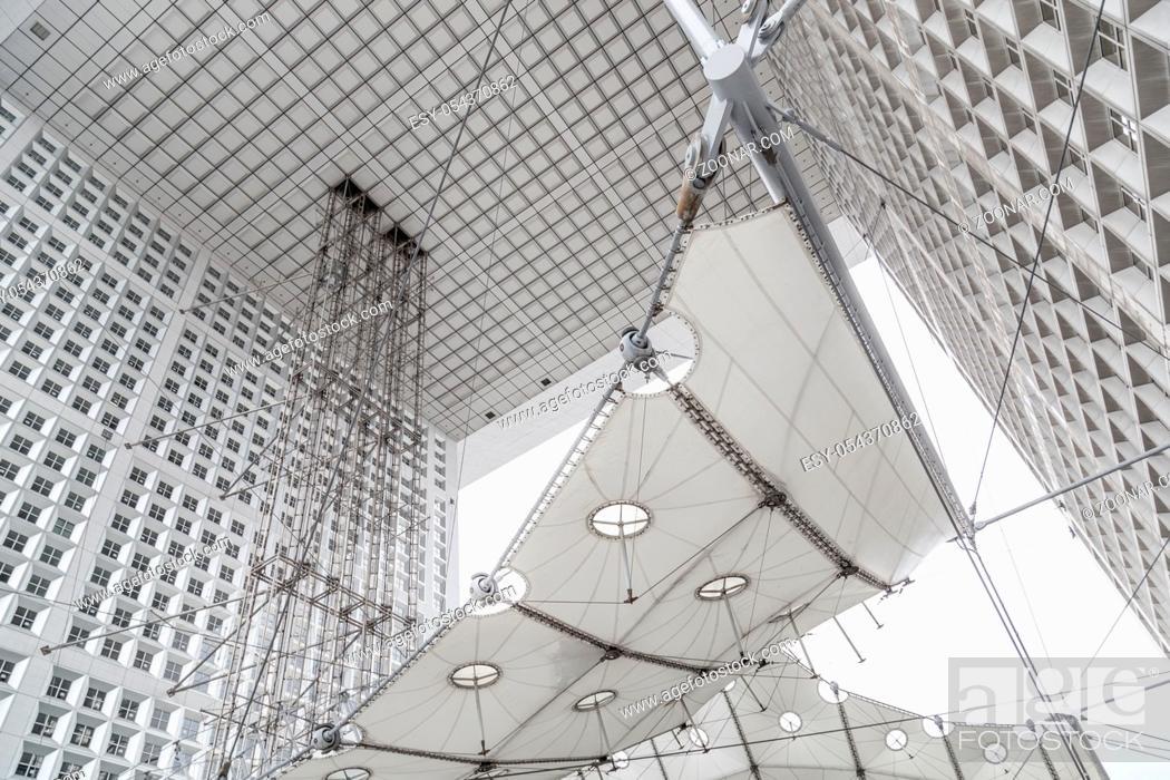 Photo de stock: Chrome construction of the lifts of Grande Arche at La D fense in Paris, France.