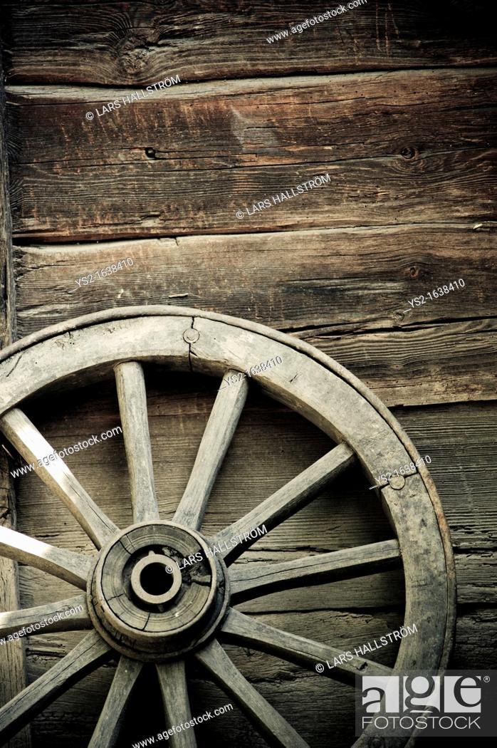 Stock Photo: Old wheel of wagon.