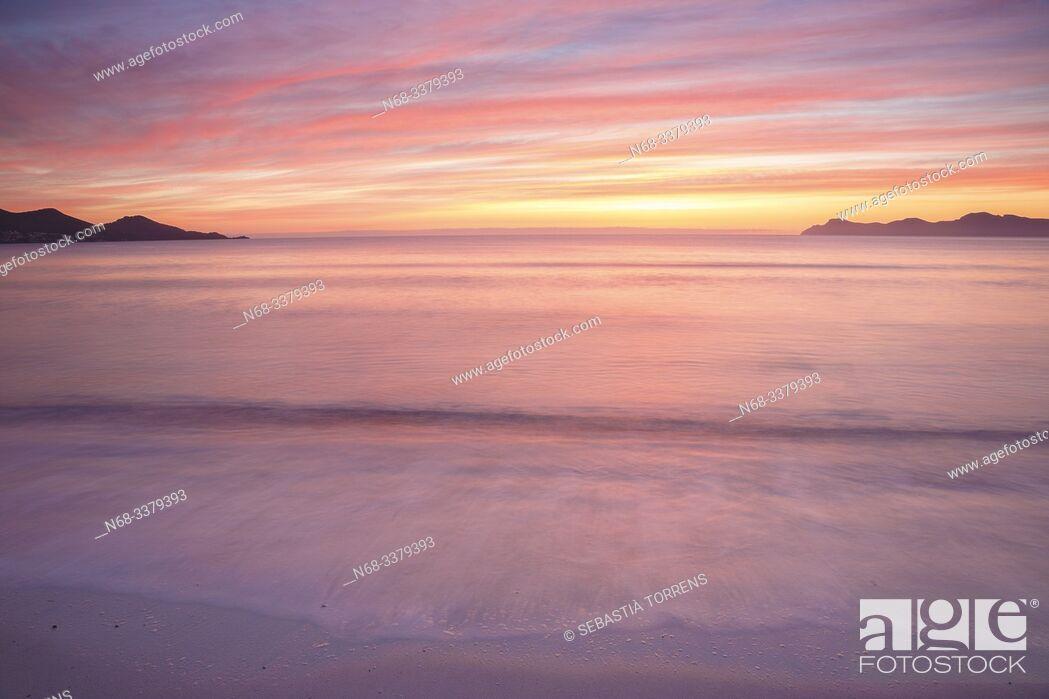 Stock Photo: Alcudia bay at dawn, Majorca, Spain.