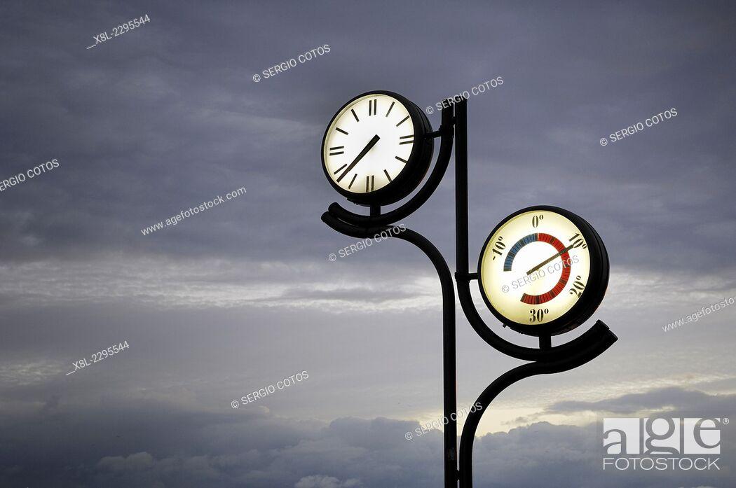 Stock Photo: clock and thermometer in Zarautz, Pais Vasco.