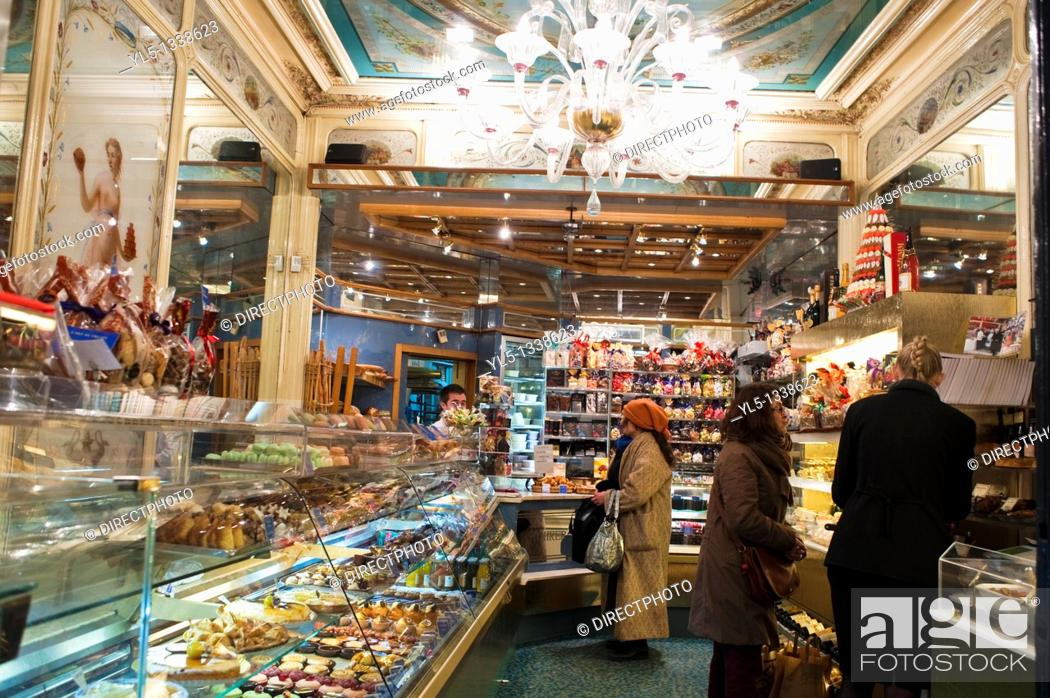 Stock Photo: Paris, France, French Bakery Shop, Stohrer, inside, Montorgeuil District,.
