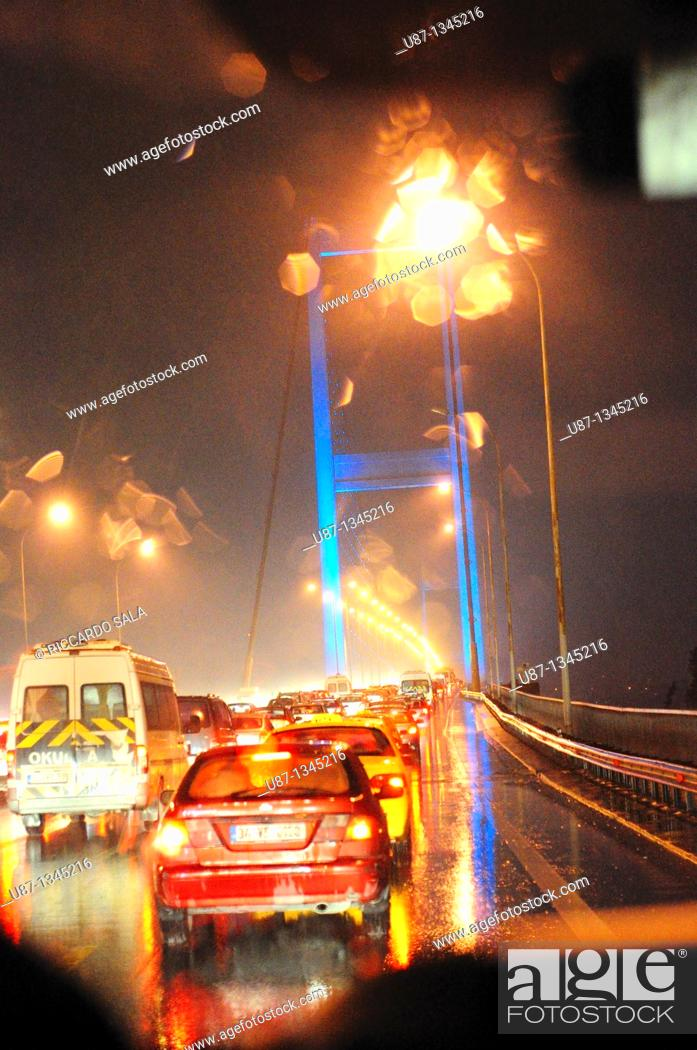 Stock Photo: Italy, Turkey, Bosporus Bridge at night.