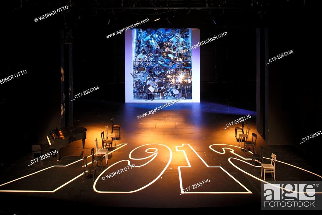"Imagen: Germany, Oberhausen, Ruhr area, Lower Rhine, Rhineland, North Rhine-Westphalia, NRW, Theatre Oberhausen, theatre stage, stage set of the play """"1913"""", chairs."