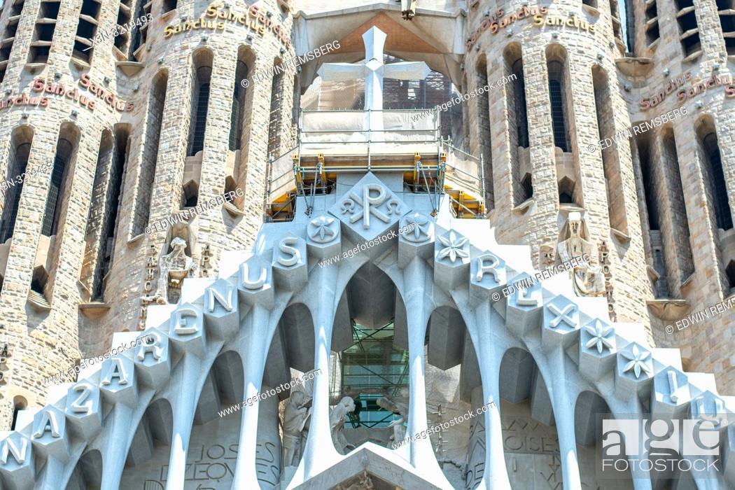 Stock Photo: Symmetric View of Buttresses and Cross, Temple Expiatori de la Sagrada Família, Barcelona, Spain.