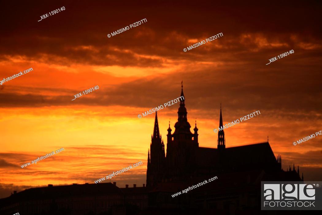 Imagen: Saint Vitus Cathedral, Prague, Czech Republic.