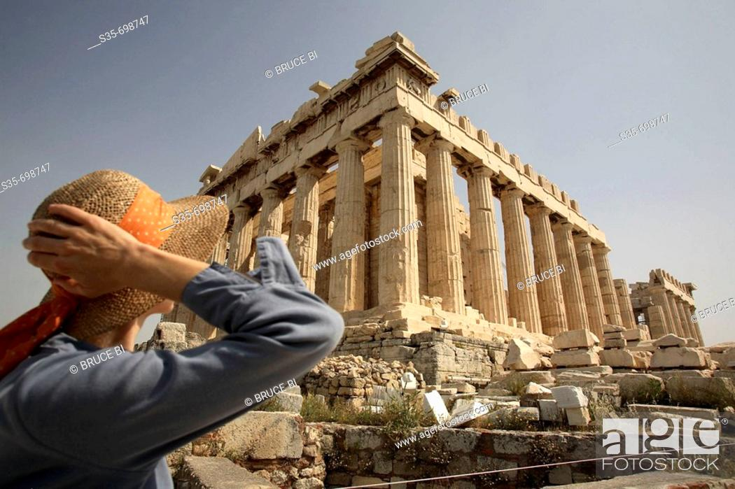 Imagen: A visitor in front of Parthenon on Acropolis. Athens. Greece.