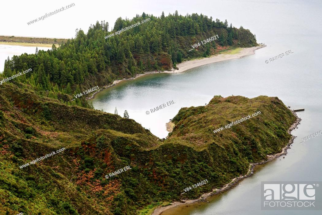 Stock Photo: Lagoa do Fogo / Sao Miguel Island / Azores / Portugal.