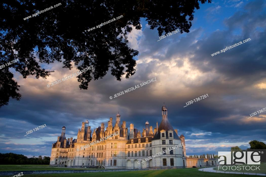 Imagen: Sunset  Chambord castle in Loire Valley listed as World Heritage by UNESCO  France.