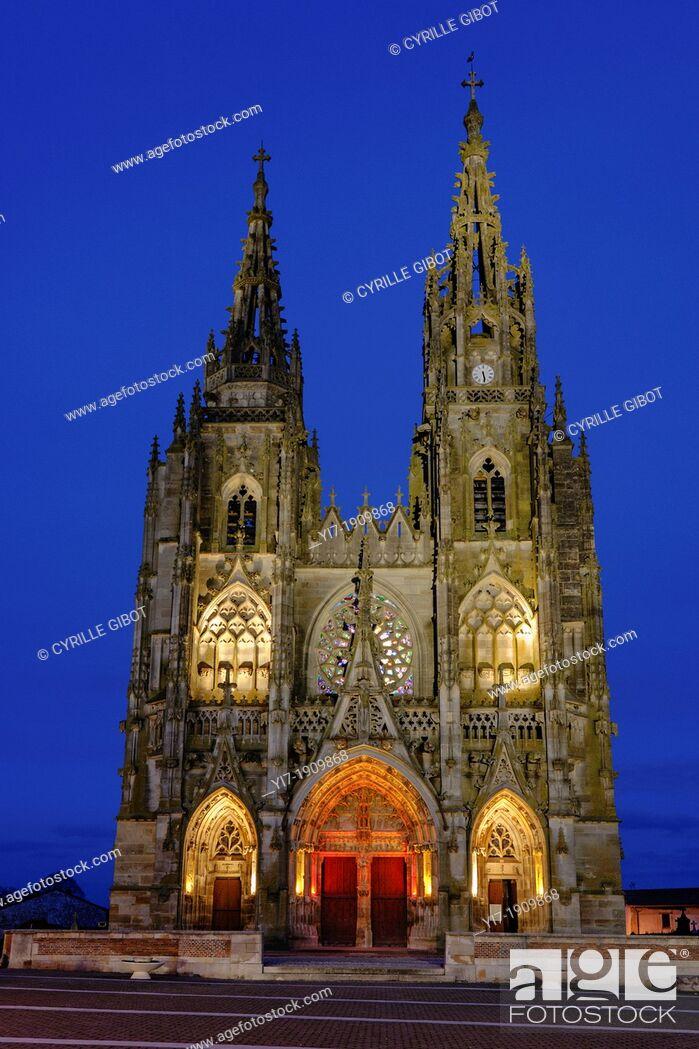 Stock Photo: Basilique Notre-Dame de L'Épine, L'Épine, Marne, Champagne Ardennes, France.