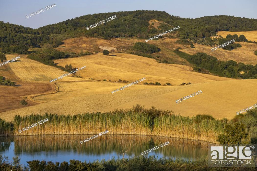 Stock Photo: Typical Tuscan landscape near Montepulciano and Monticchielo, Italy.
