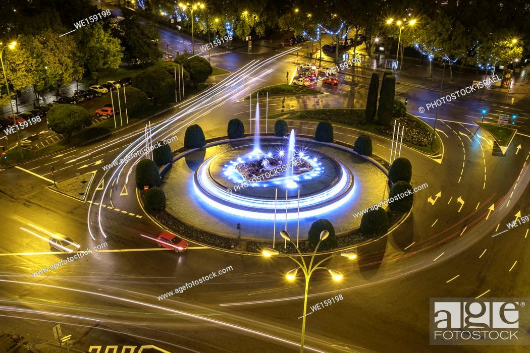 Stock Photo: The Neptune Fountain on Plaza de Canovas de Castilo Madrid, Spain.