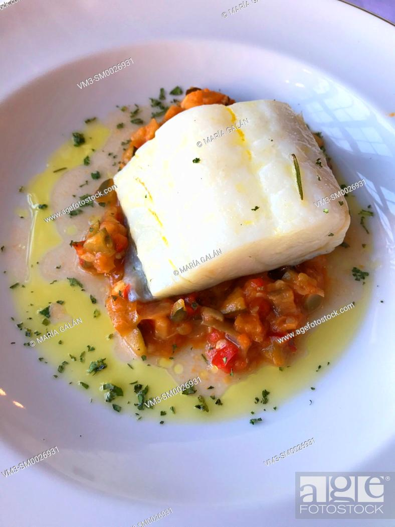 Imagen: Codfish loin with vegeables. Spain.