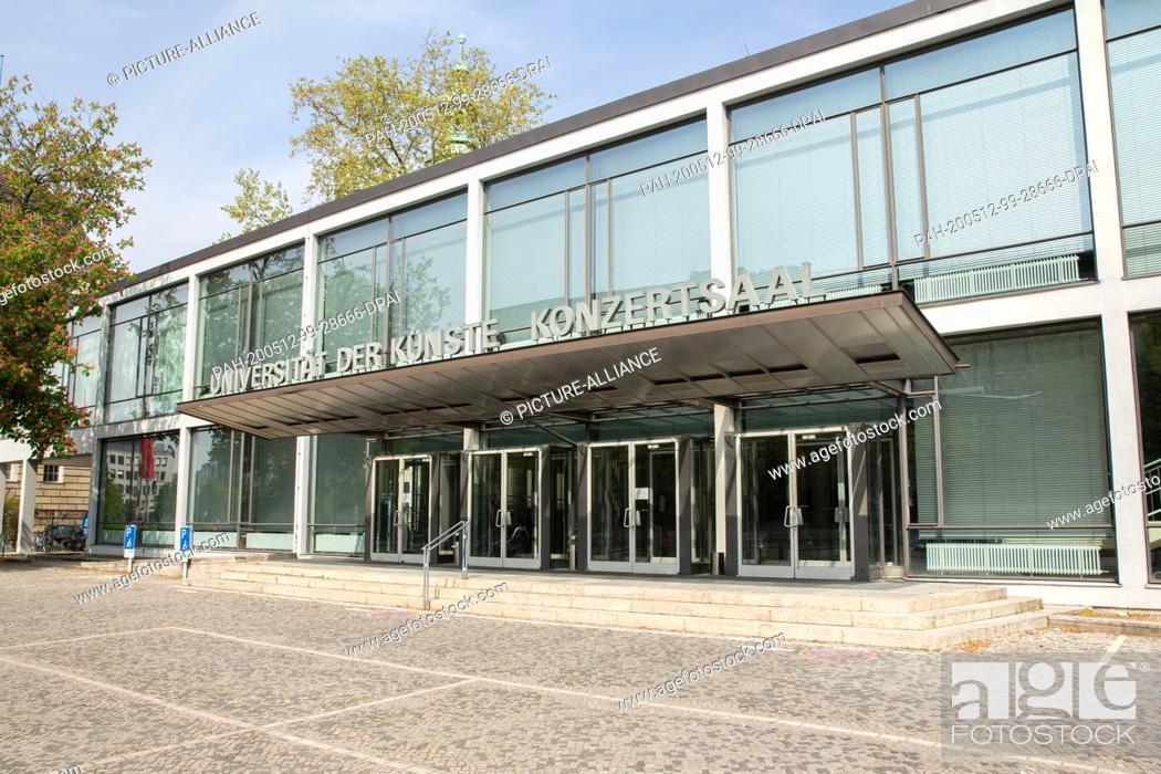 Imagen: 28 April 2020, Berlin: The concert hall of the largest art school in Europe. Photo: Gerald Matzka/dpa-Zentralbild/ZB. - Berlin/Berlin/Germany.