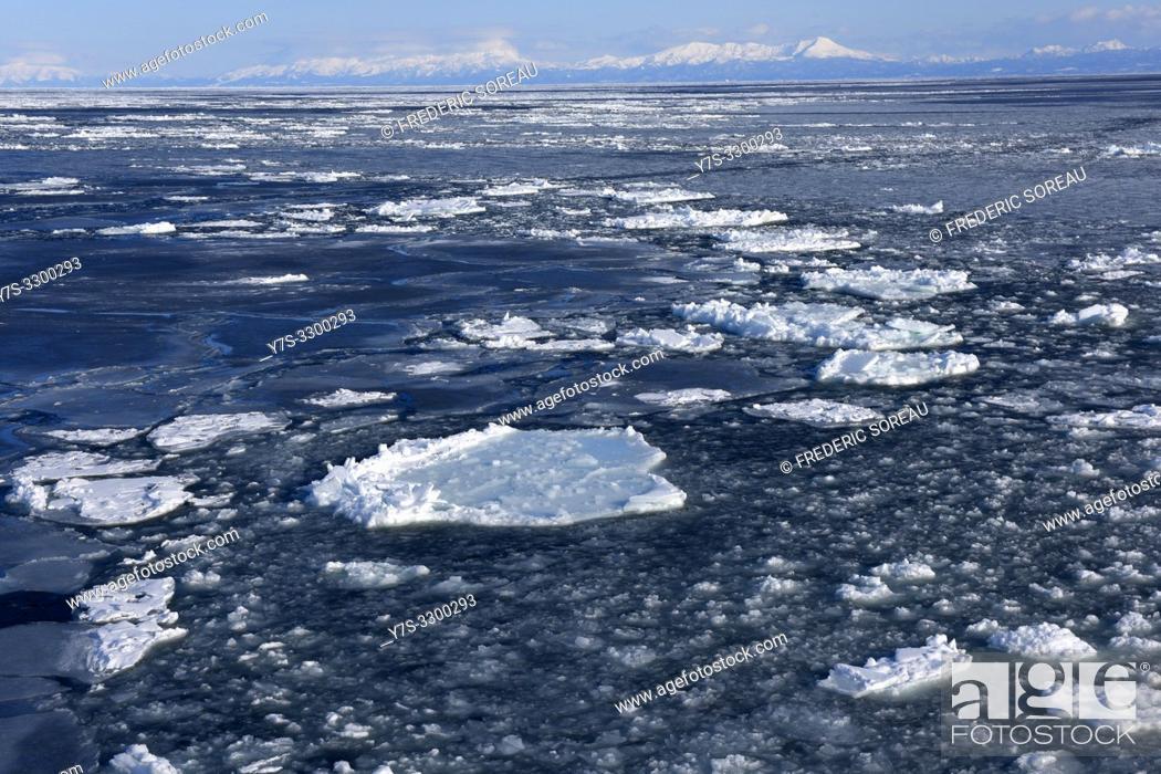 Stock Photo: Abashiri ice drift in cold ocean in Hokkaido, Japan, Asia.