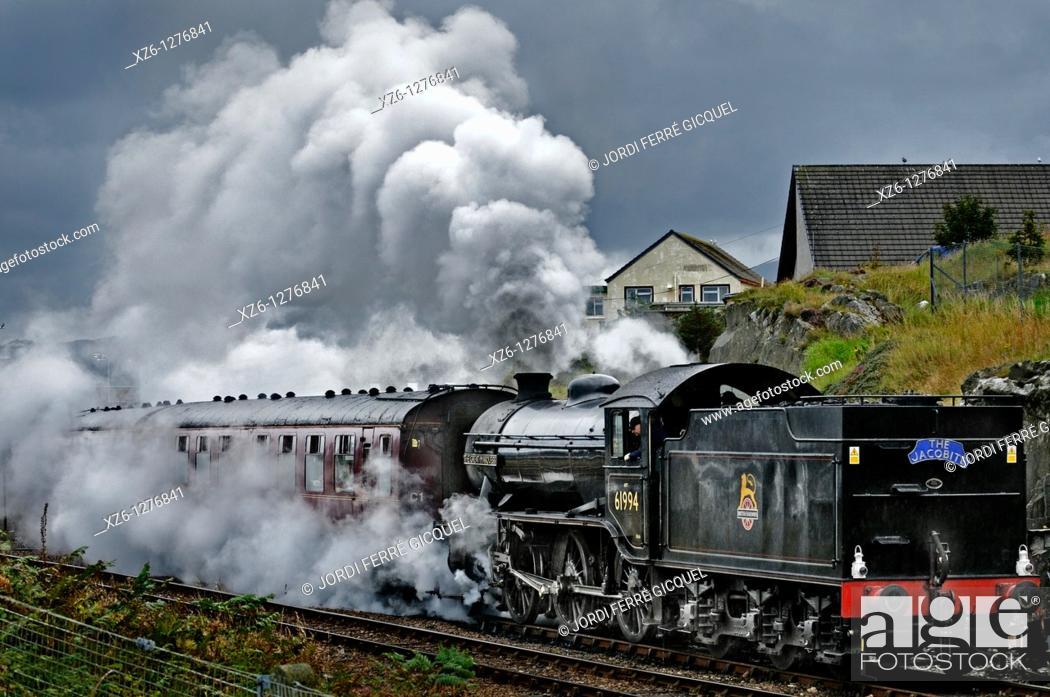 Imagen: The Harry Potter Steam Train, Mallaig, Highlands, Scotland, United Kingdom, Europe.