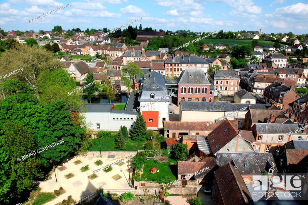 Imagen: AERIAL VIEW OF THE SMALL CITY OF RUGLES, EURE 27, UPPER NORMANDY, FRANCE, EUROPE.