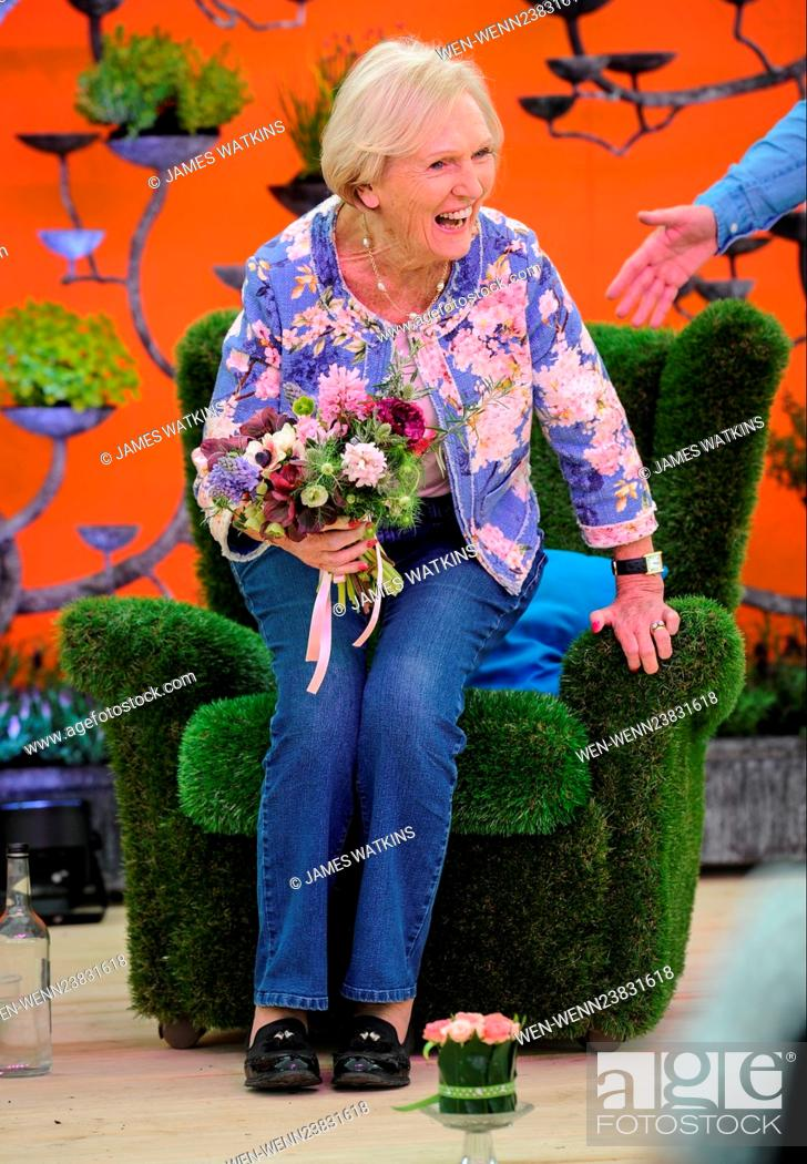 Mary Berry Makes A Special Appearance Onstage At The Rhs Malvern Spring Festival And Is Joined By An Stock Photo Picture And Rights Managed Image Pic Wen Wenn23831618 Agefotostock