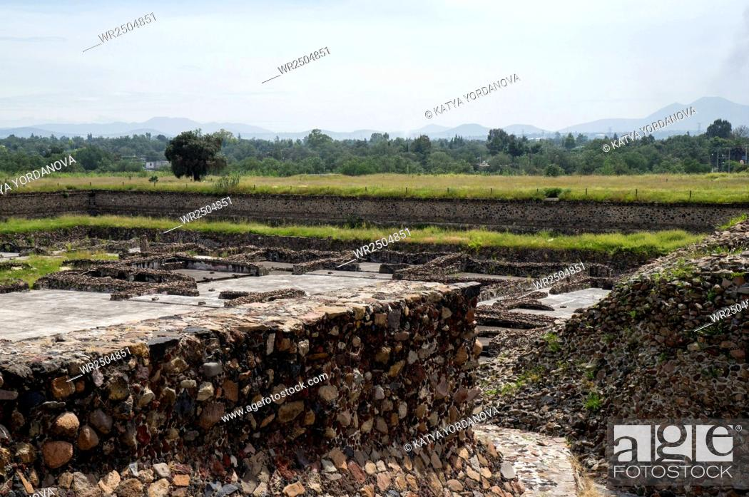 Imagen: Ruins of a building, Teotihuacan, Mexico City, Mexico.