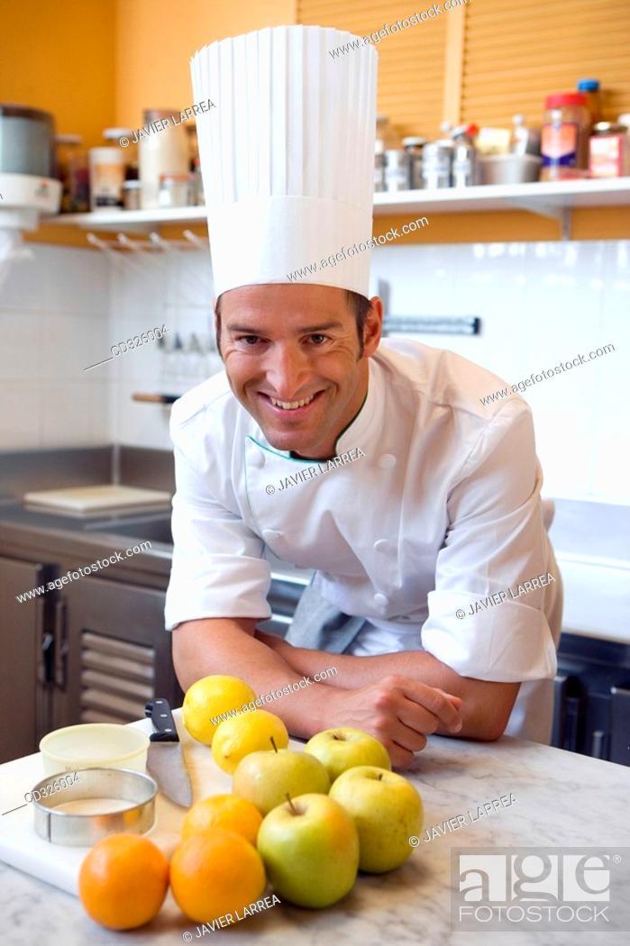 Stock Photo: Preparing apple pie, oranges and lemons. Luis Irizar cooking school. Donostia, Gipuzkoa, Basque Country, Spain.