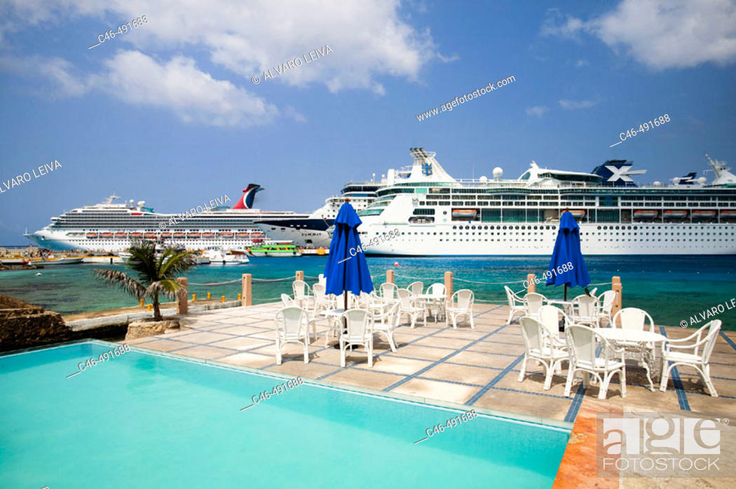 Stock Photo: Cruise ship at port, Cozumel island. Quintana Roo, Yucatan Peninsula, Mexico.