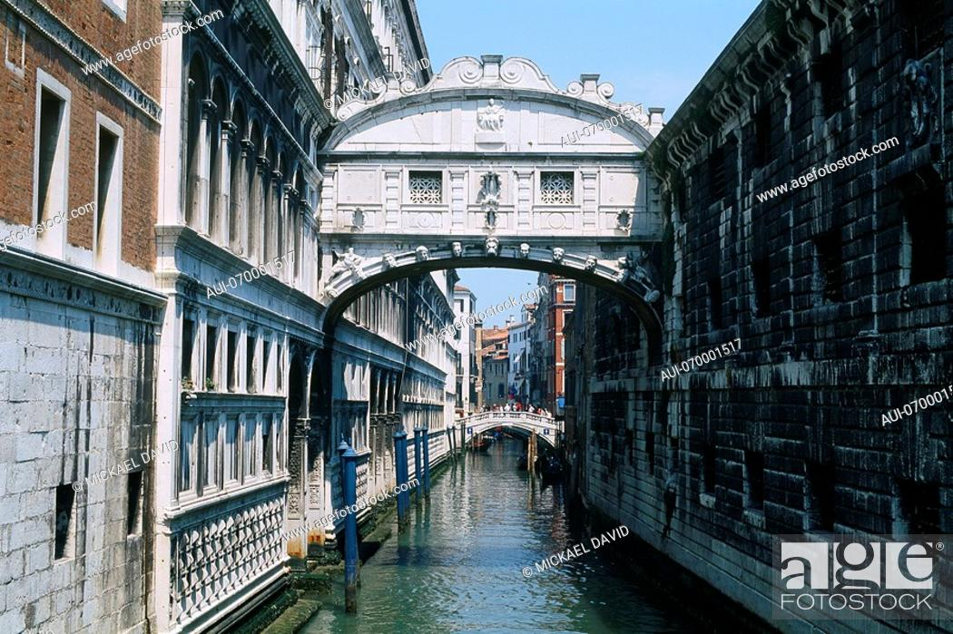 Stock Photo: Italy - Venice - Bridge of Sighs - The Doge's Palace - off St Mark's square.