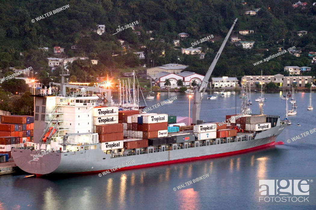 Grenada, St  George's: St  George's Harbor, The Carenage