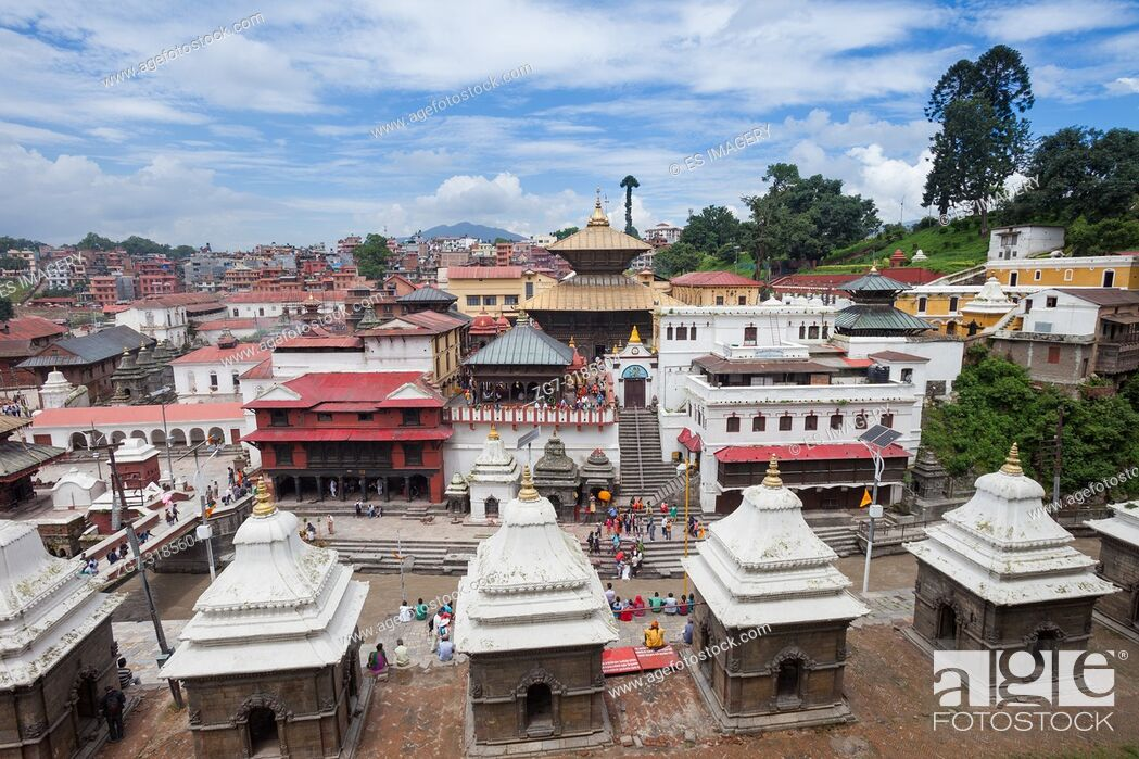 Imagen: Pashupatinath, a very sacred Hindu temple complex in Kathmandu, Nepal.
