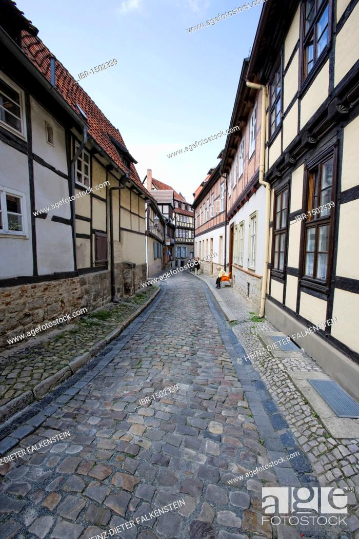 Stock Photo: Alley in the historic town center, Quedlinburg, Saxony-Anhalt, Germany, Europe.