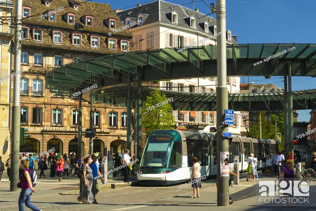 Stock Photo: France, Bas Rhin (67), Strasbourg town, place de l'homme de fer, tramway station.