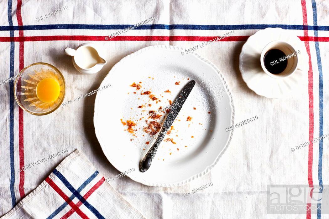 Photo de stock: Empty breakfast plate, overhead view.