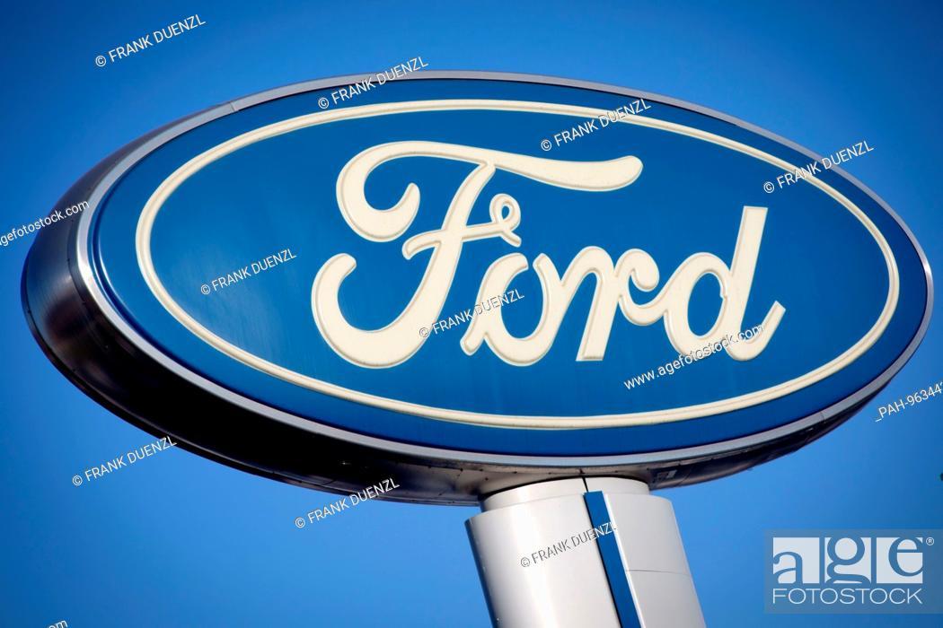 Ford Dealership San Diego >> Ford Logo At Kearny Pearson Ford Car Dealer In Kearny Mesa