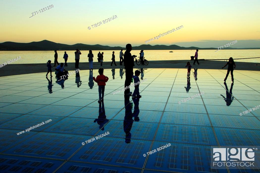 Stock Photo: Croatia, Zadar, sunset, people, Greeting to the Sun monument,.