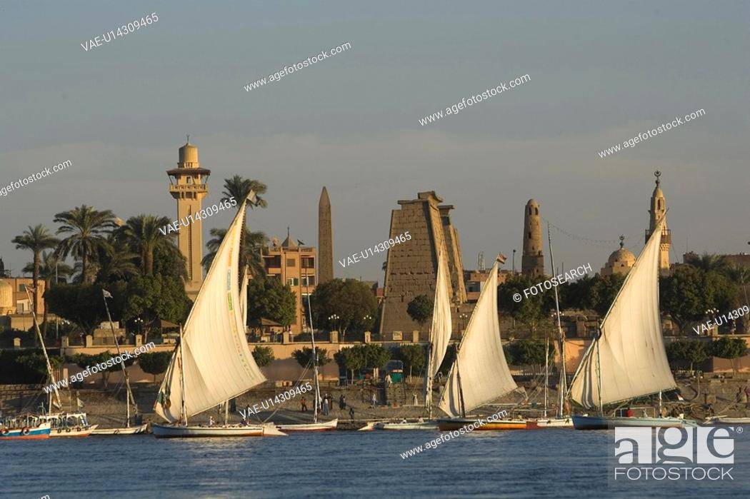 Stock Photo: Boat, Building Exterior, Building Structure, Dome, Group Of People.
