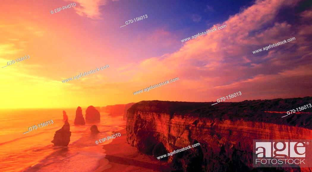 Stock Photo: Twelve Apostles. Port Campbell National Park. Australia (march, 2001).