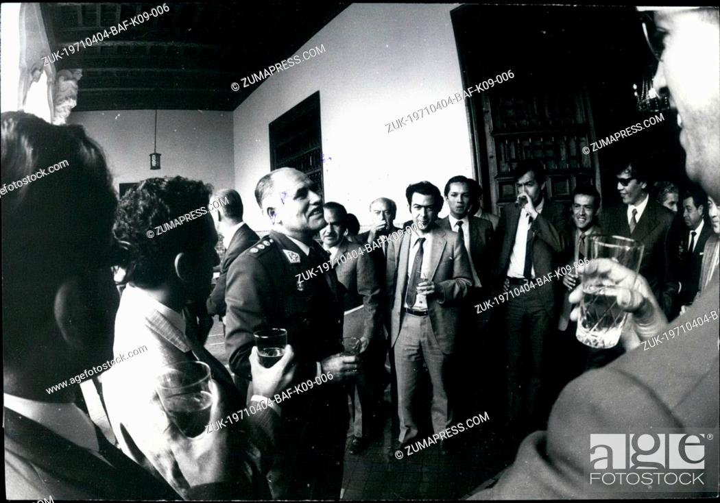 Imagen: Apr. 04, 1971 - Press conference of General Edgardo Mercado Jarrin: The photo shows the press conference offered at the Torre Tagle the Peruvian Foreign.