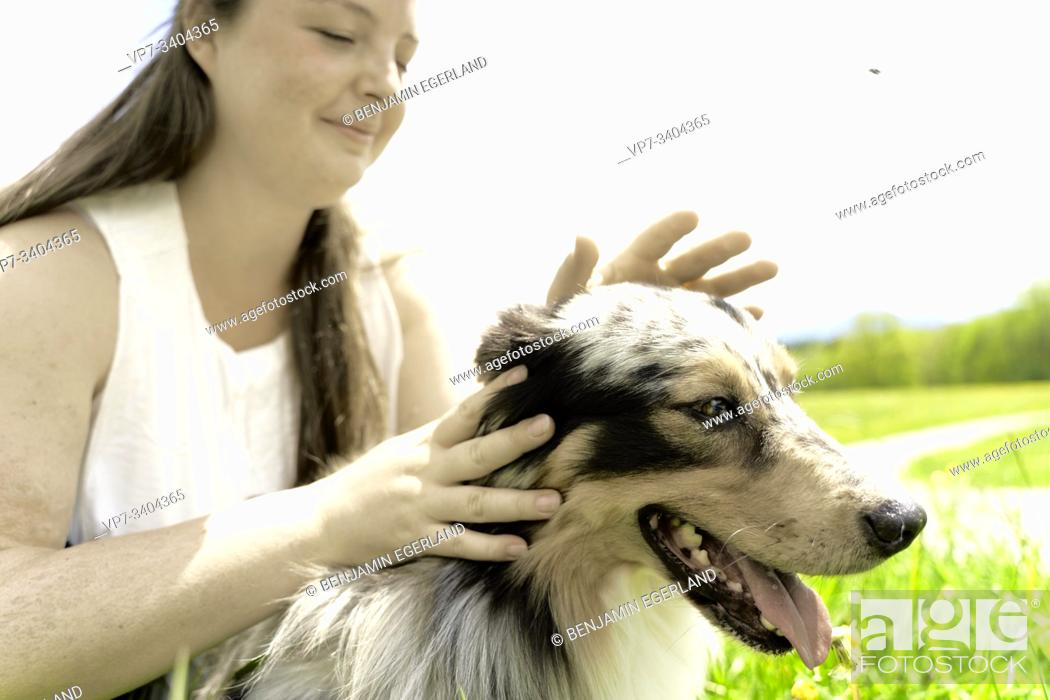 Photo de stock: Woman with dog, in Wackersberg, Bavaria, Germany.