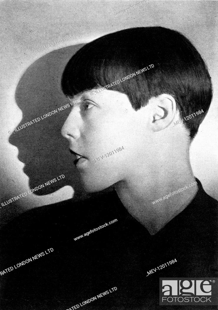 Fraulein Von Poremski A Noted Berlin Dancer Sporting A Geometric And Close Cropped Hair Style Stock Photo Picture And Rights Managed Image Pic Mev 12011984 Agefotostock