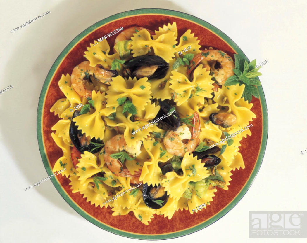 Stock Photo: farfalle with shell-fish.