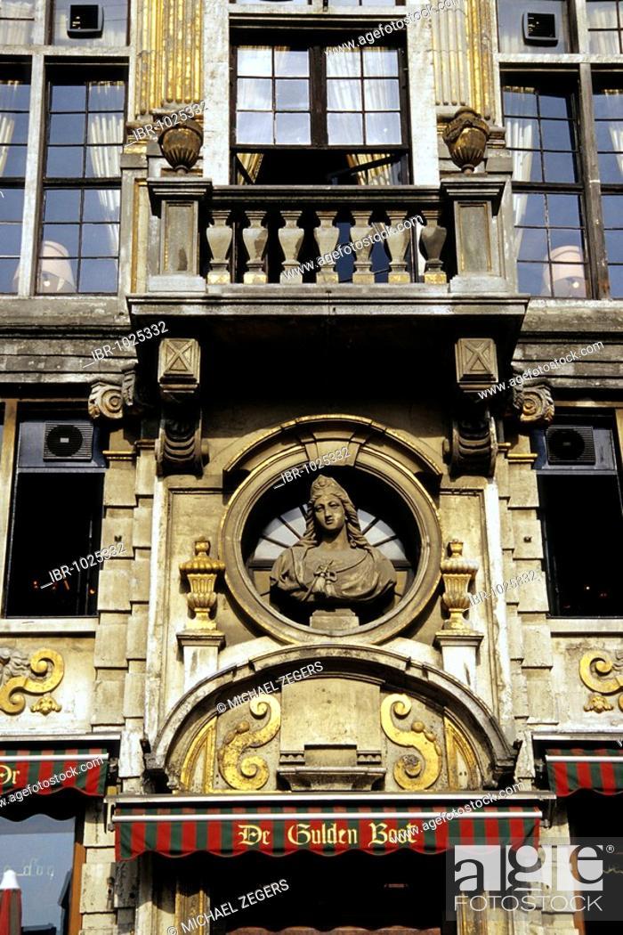 Stock Photo: La Calouppe d Or, café restaurant, De Gulden Boot, ornamental facade, baroque house at the Grand Place, Brussels, Belgum, Benelux, Europe.