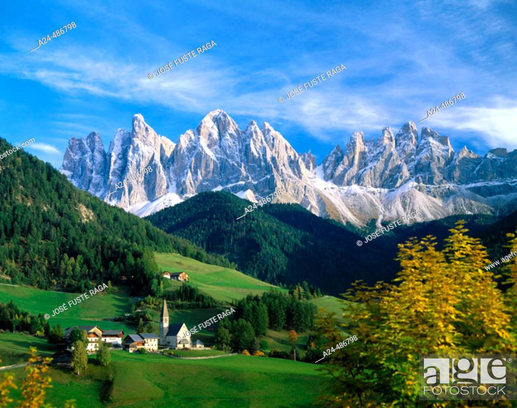 Stock Photo: The Dolomites, Alps. Italy.