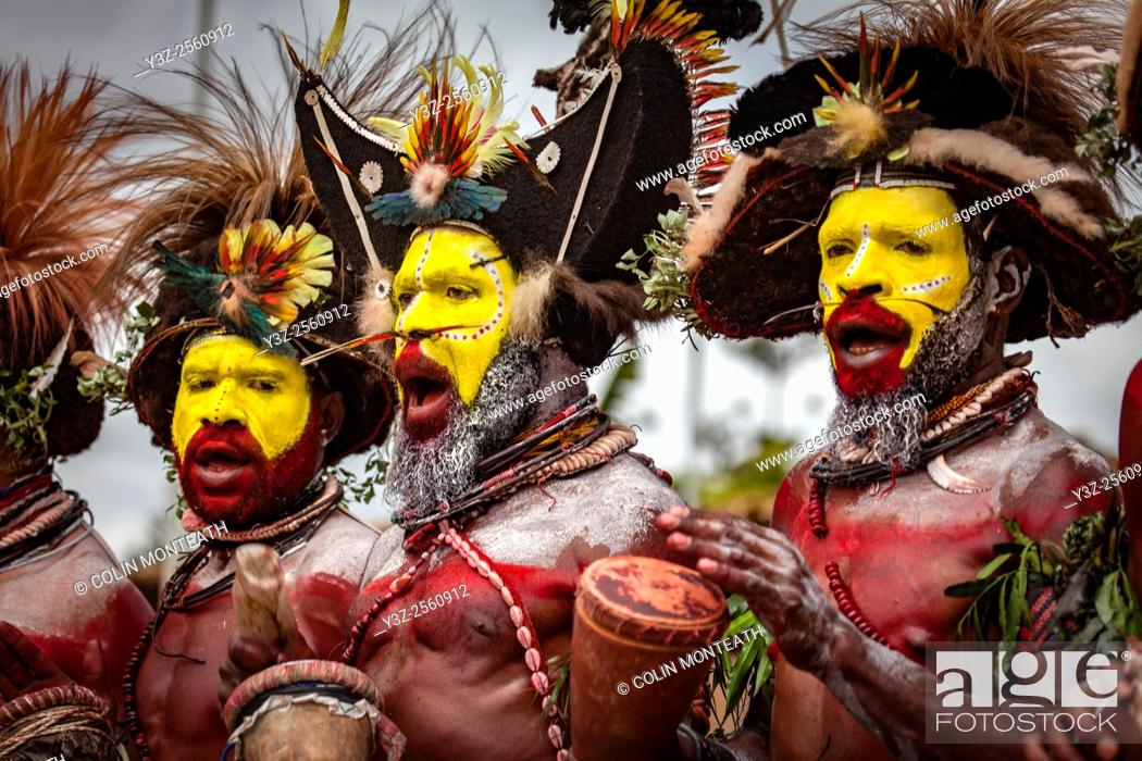 Imagen: Goroka festival, 140 ethnic tribes come together for three day Sing sing, Goroka, Eastern Highlands, Papua New Guinea.
