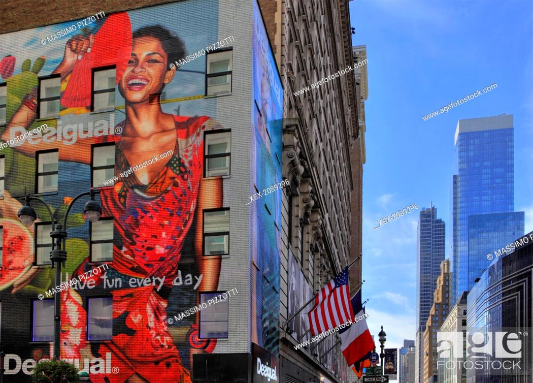 Stock Photo: Giant Advertising mural in New York, USA.
