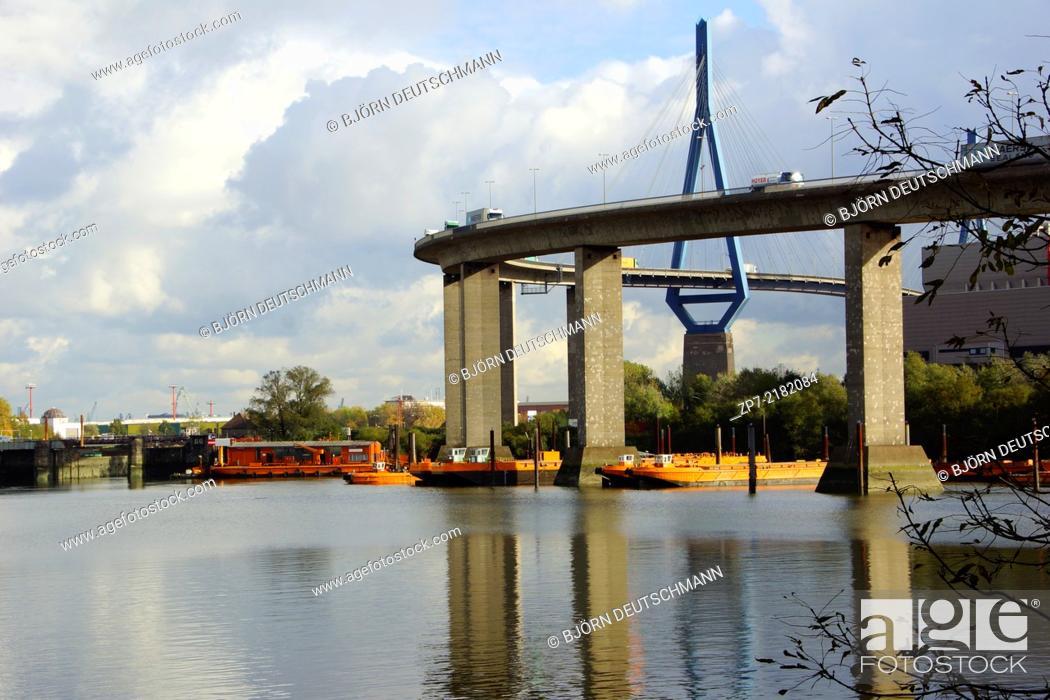 Stock Photo: The Köhlbrandbrücke over the river Elbe in Hamburg.