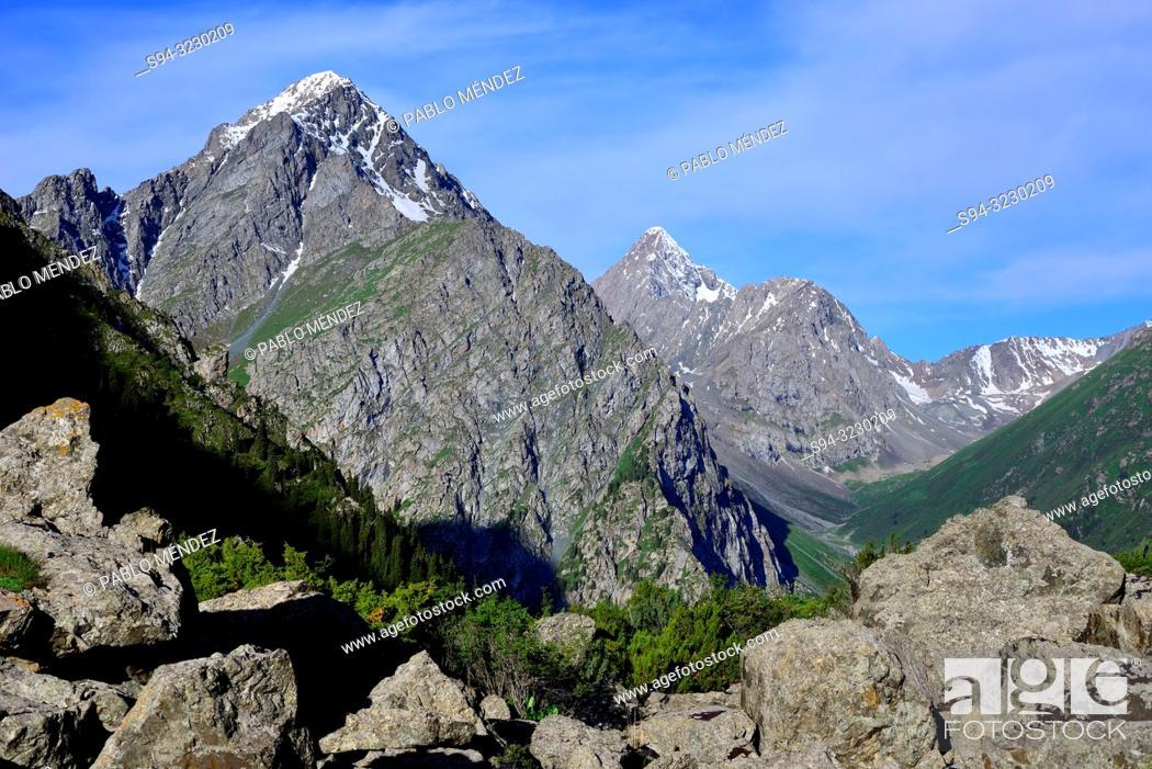 Stock Photo: Karakol valley landscape, near Karakol, Kyrgyzstan.