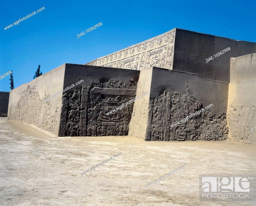Stock Photo: Peru, Chan Chan archaeological site, Huaca Dragon pyramidal, adobe temple. 14th century. Pre-Inca civilization. Chimu civilization.