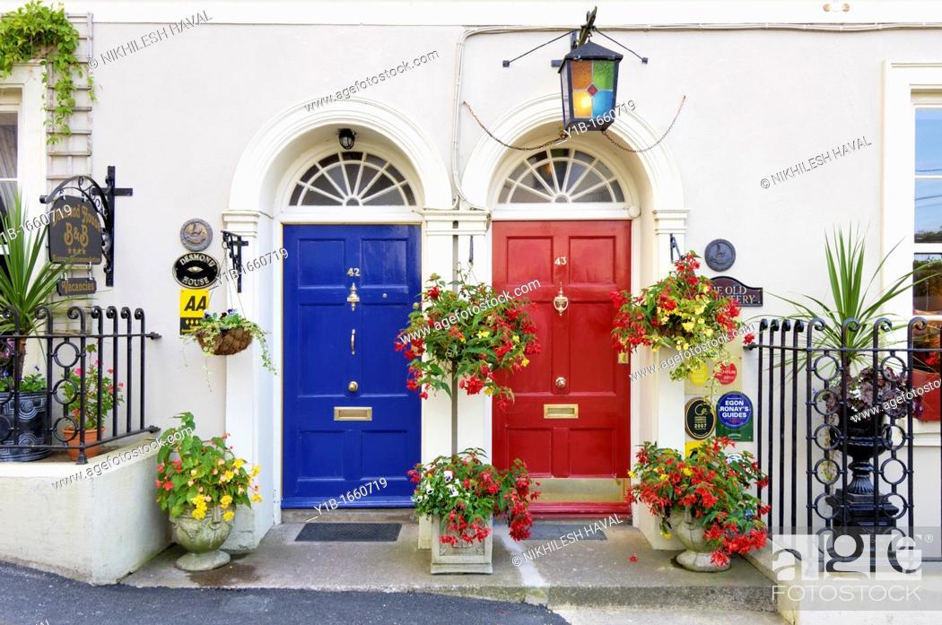 Stock Photo: Kinsale pretty cottage facade.