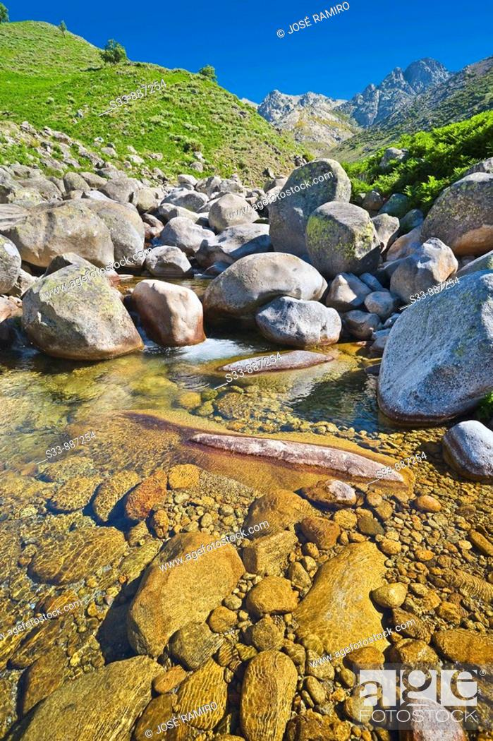 Stock Photo: Garganta de Chilla. Sierra de Gredos. Castile-Leon. Spain.
