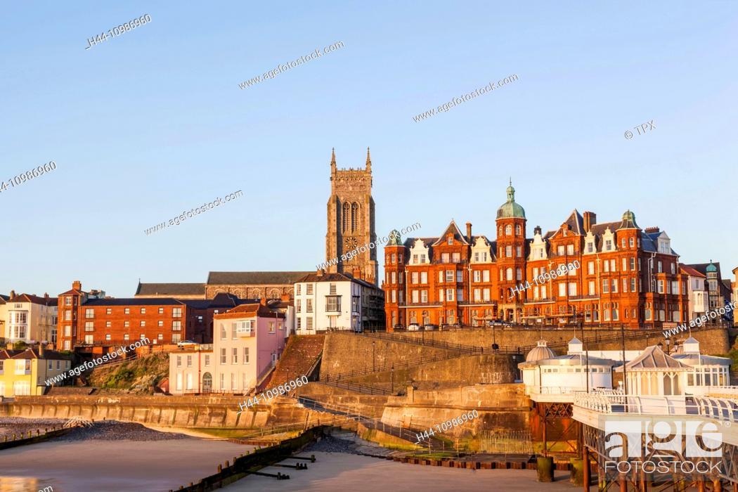 England, Norfolk, Cromer, Town Skyline and Cromer Pier