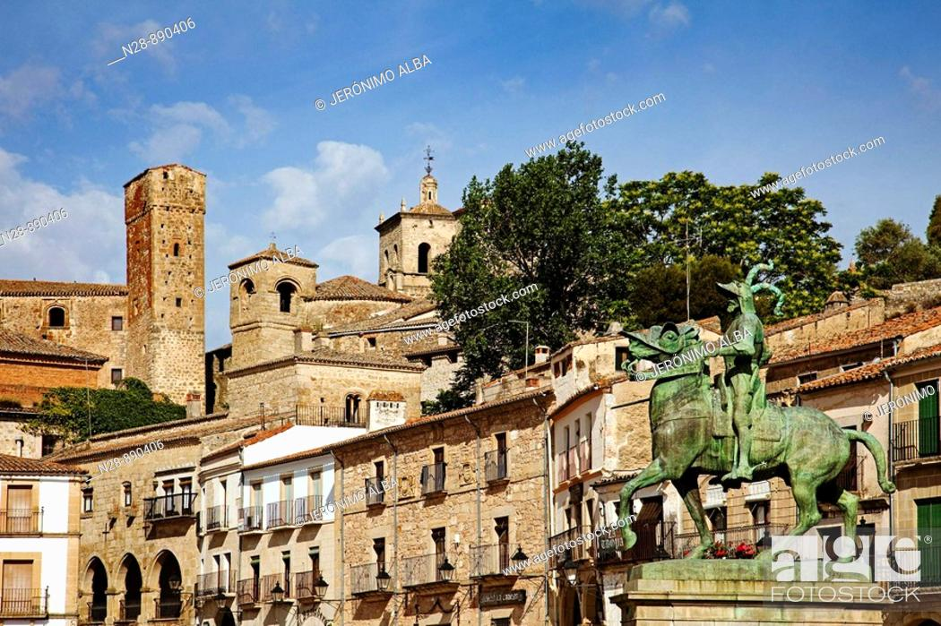 Stock Photo: Equestrian monument to Francisco Pizarro and Main Square, Trujillo, Caceres province, Extremadura, Spain.